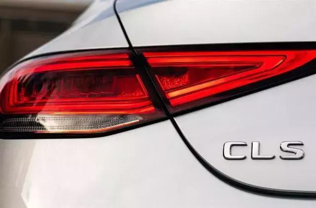 好端端的新车为什么会漏油?是厂家的原因,还是经销商的过错?