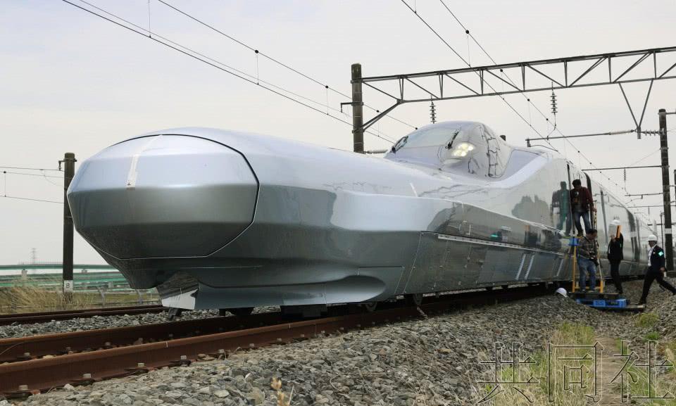 日本最快列车亮相时速或达360公里