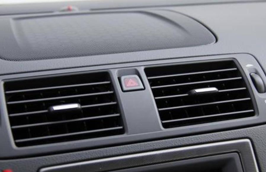 汽车开空调真的很费用?开空调和不开油耗差多少?测试结果很意外