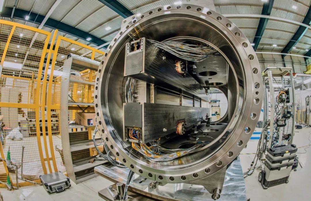 欧洲强子对撞机 欧洲大型强子对撞机,路在何方?