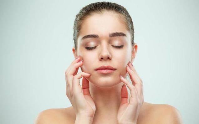 皮肤吸收不好脸部如何去角质,教正确方法还你健康肌肤