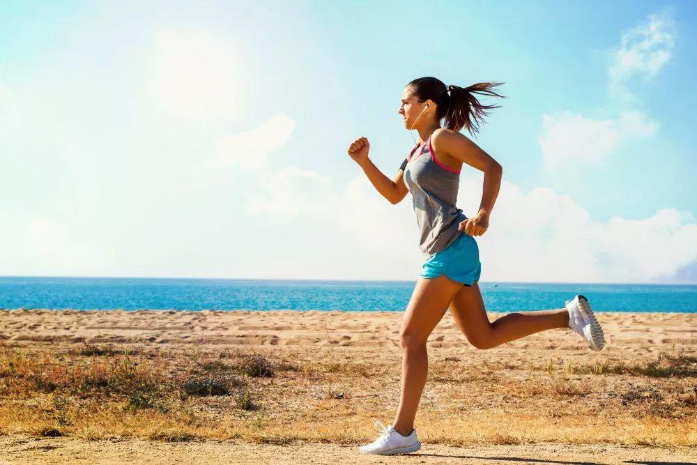 比跑步更燃脂的运动——跳绳,燃脂效率是跑步是2倍