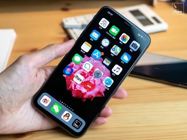 价格都超5000元了,为何华为做不出iPhone那样的窄下巴?插图