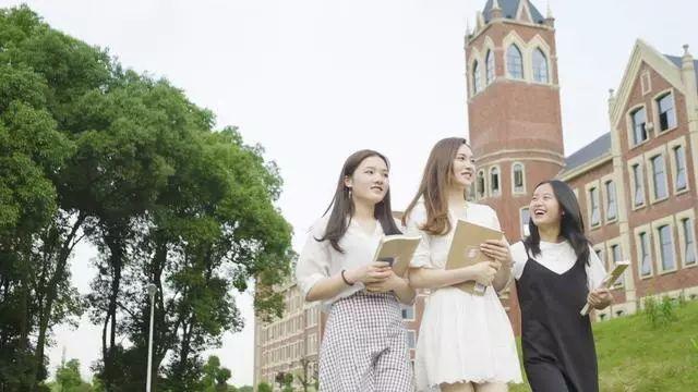 <b>湖南电子科技职业学院有哪些热门专业?</b>