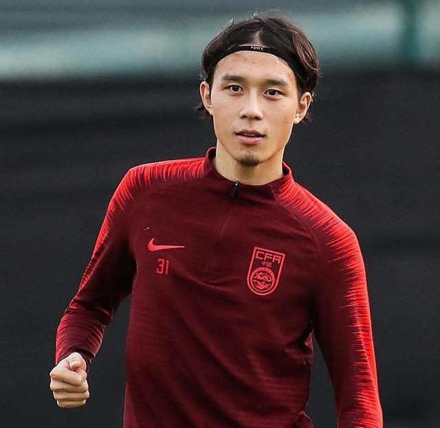 里皮召5大U23球员,未来基本成国足核心主力:锋线由韦世豪领衔?