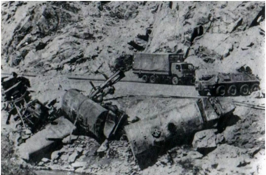 群山间的猎熊者:反抗苏联入侵的阿富汗抵抗军