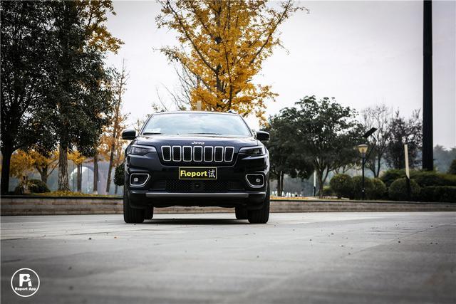 中期改款堪比更新换代?全新Jeep自由光亮点大增
