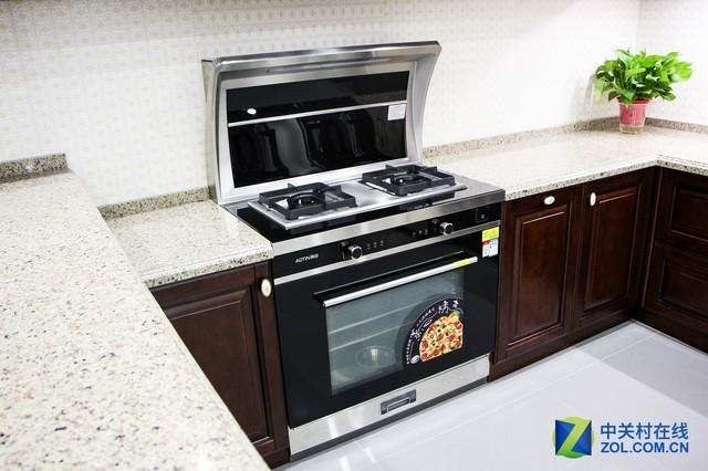 奥田JJZT-X5-ZK90M2集成灶产品荣获厨房家电优秀产品奖 奥田JJZT-X5-ZK90M2集成灶产品是奥田在今年推出的一款新品,烟机、燃气灶、蒸烤一体机和保温置物台的结合,让这款集成灶能够更好地满足家庭用户的使用需求。这款产品在结构上非常紧凑,在满足用户使用需求的同时,能够大量节省空间,更加适合中国家庭使用。