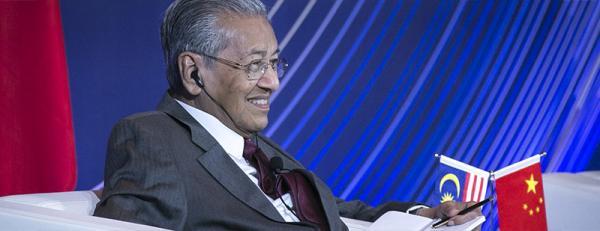 """马来西亚总理驳斥""""亲日反中""""说:我是中国的好朋友"""