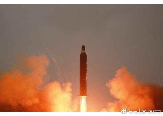 """""""火星-10 """"导弹燃料为偏二甲肼,氧化剂为四氧化二氮"""