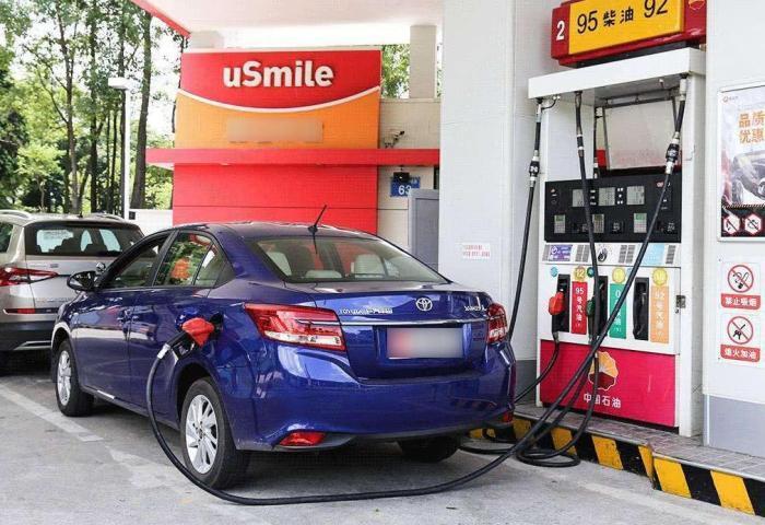 车子用92号或95号油有何不同?维修师傅最后讲一次,不要再问了