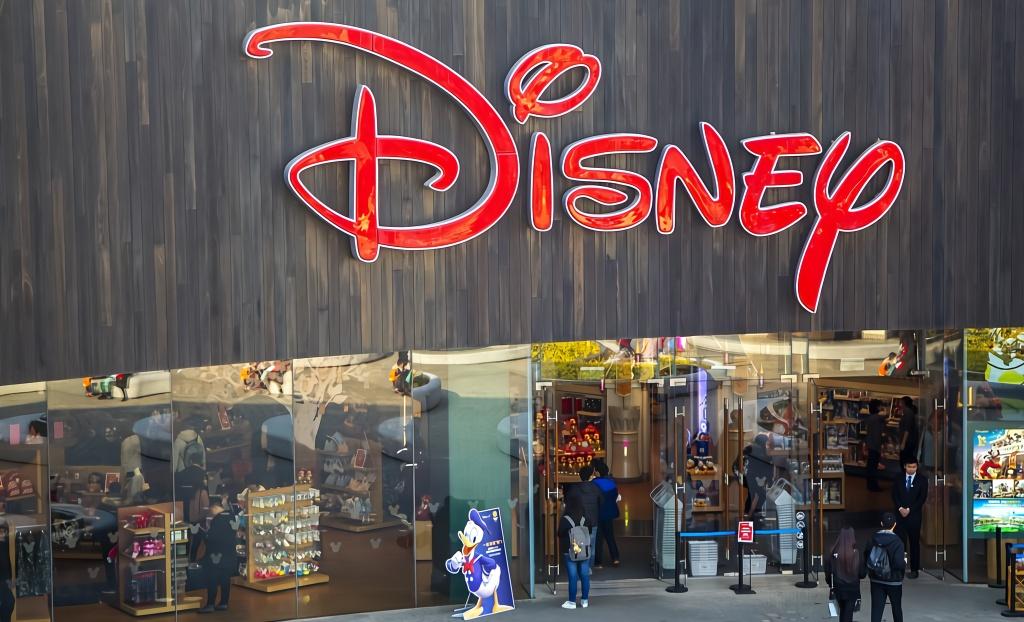 迪士尼砸钱拉开战事,跨界征讨奈飞苹果亚马逊