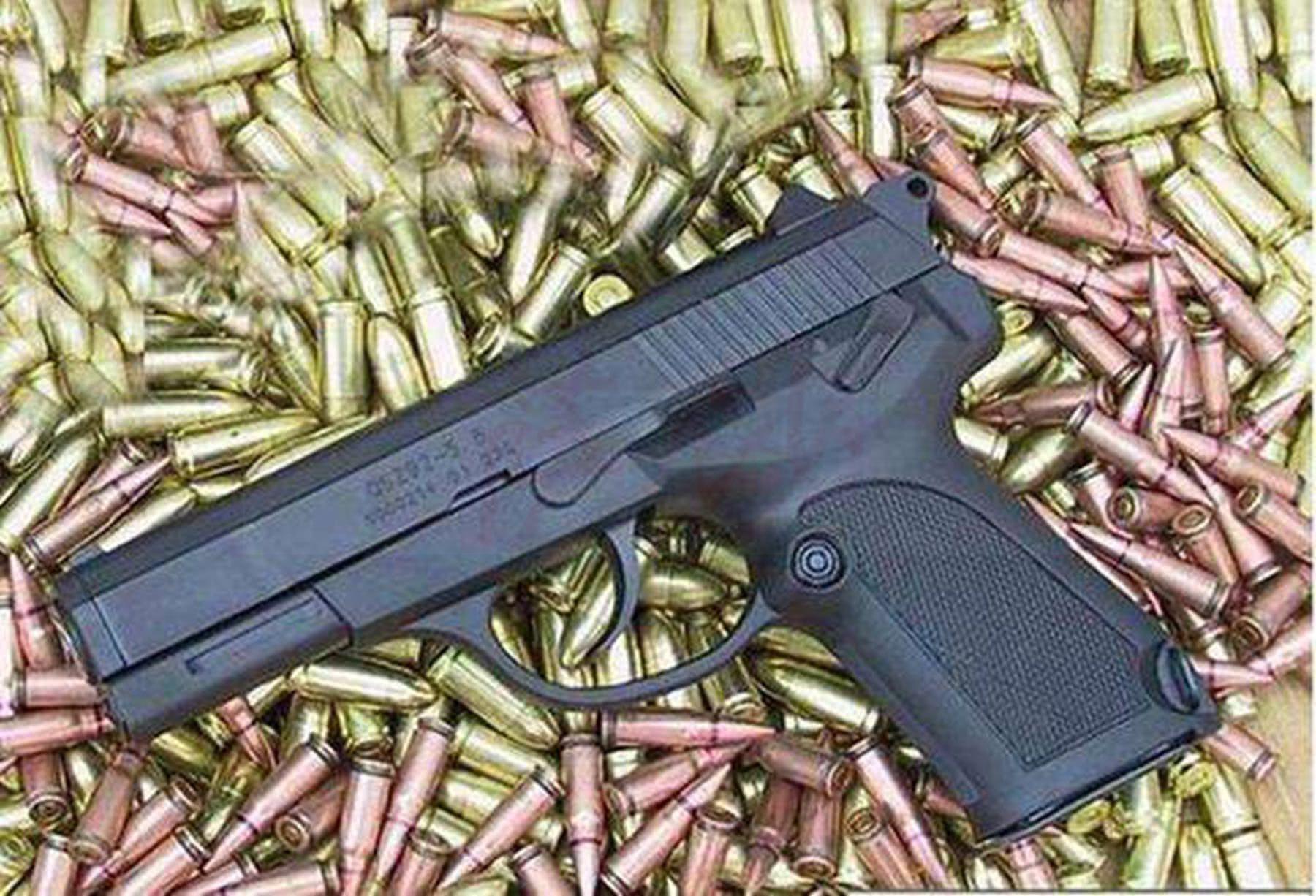 92手枪 设计和生产互相吐槽 92式手枪究竟是好是烂?
