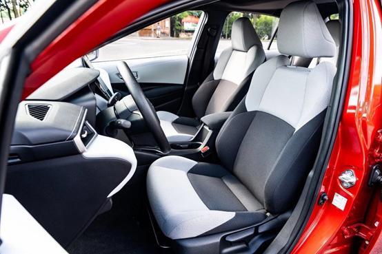 「e汽车」在全新一代雷凌身上谈操控,我们是认真的
