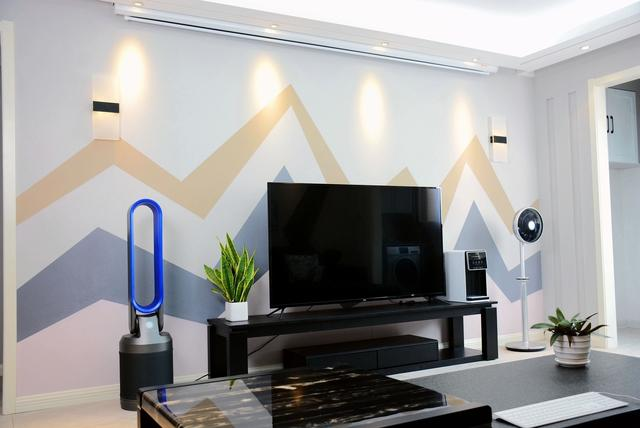 客厅C位的高性价比神器:乐融Letv Y65电视评测