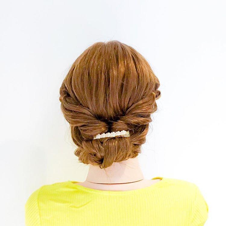 简单又大方,这样的编发发型最受欢迎