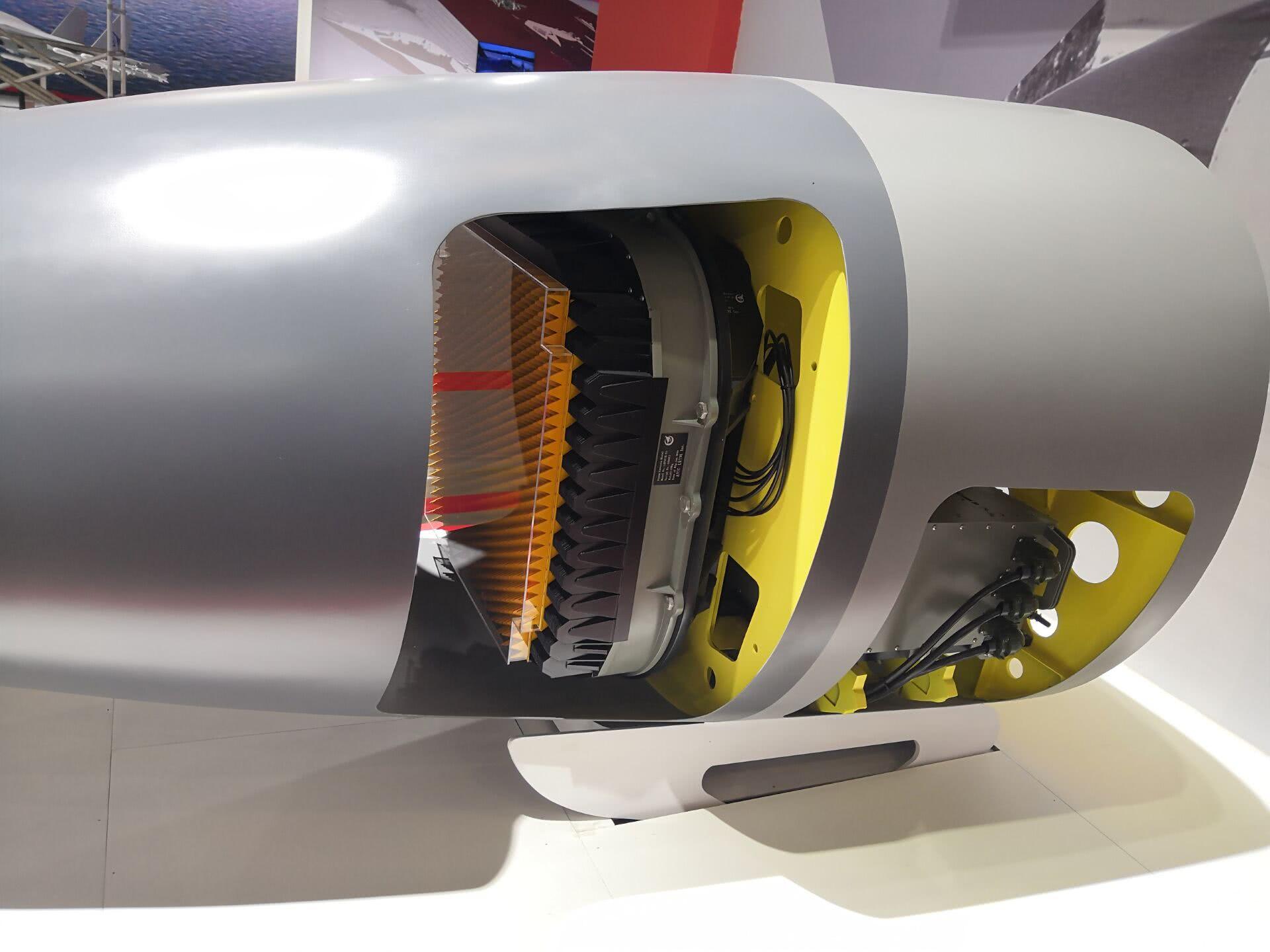 枭龙3竟配备两款相控阵雷达 这大手笔是多么豪气
