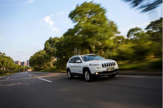加量还减价?全新Jeep自由光让探岳、途观L坐立不安!