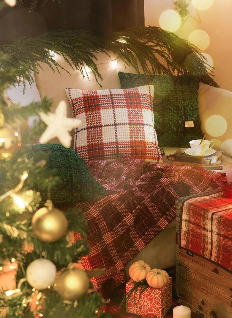 礼盒情趣、圣诞袜、情趣羊绒围巾.这有9件圣孕妇红色背带裤图片