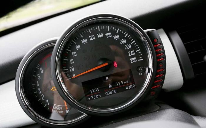 车速跑60迈就是60Km/h吗?其中差距真不小,搞不懂容易闹笑话