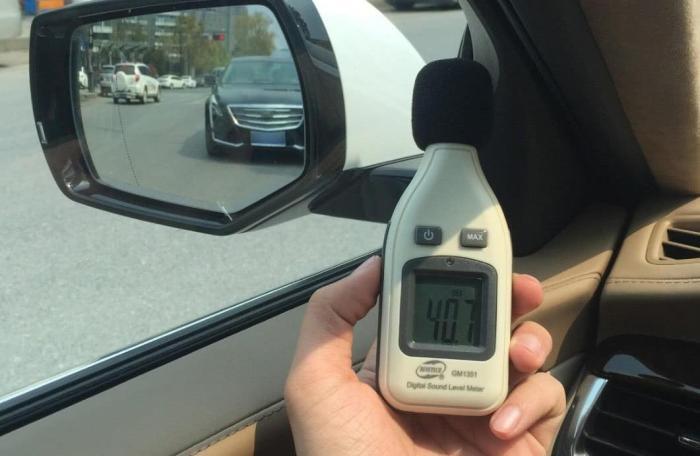 别人花钱降噪,比亚迪却想法增大行驶声音,车主:没声儿真不敢开