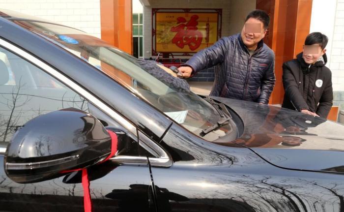 农村人买车是为充面子?了解实情,网友:他们才是最该买车的人!