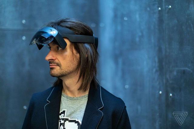 微软发布HoloLens 2:视场角扩大一倍 定价350