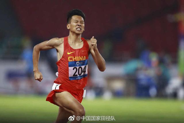 中国田径又迎一超级天才 21岁清华男神打破尘封6年的纪录