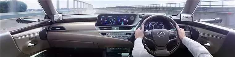 快成未来豪车标配的虚拟后视镜,是鸡肋还是技术革新?