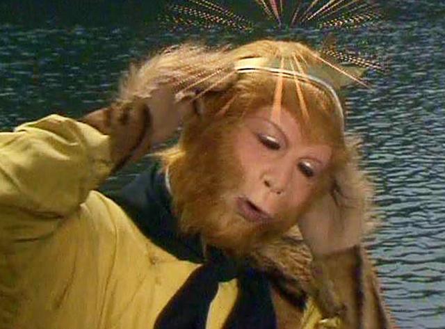 六耳猕猴物化后,唐僧为何不再念紧箍咒?你望被打物化的是谁