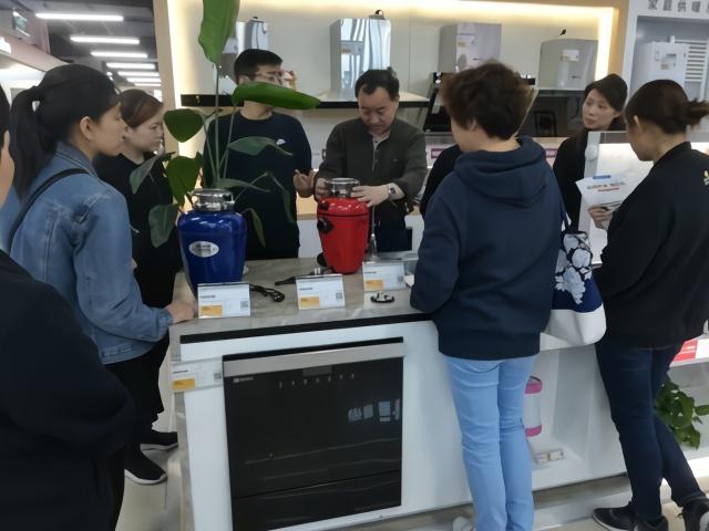 垃圾分类严?苏宁:上海垃圾处理器销量翻10倍