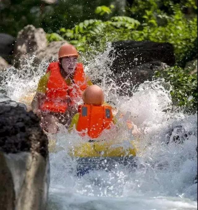 亚博APP手机版:夏季苍溪最凉爽的8大景点,第1个是漂流,你喜欢?