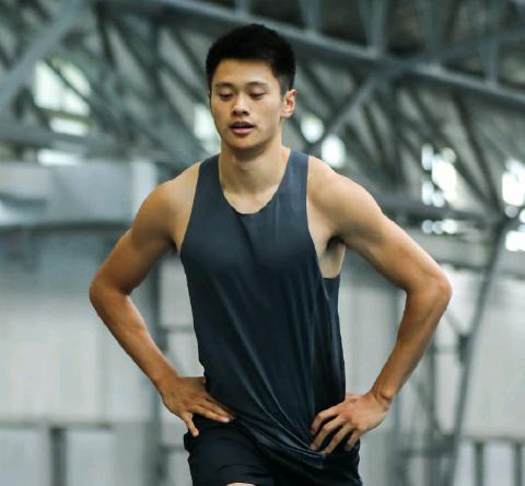 中国速度!谢震业跑出9秒28打破一项亚洲纪录,赛后不满自己表现