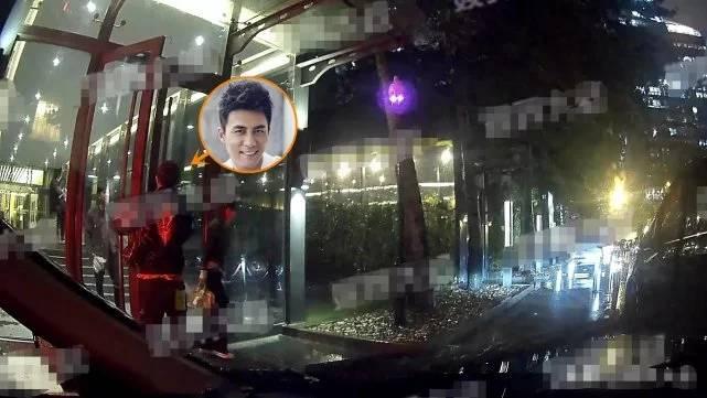 杜淳被曝国庆领证结婚,与女友看电影却被拍到大厅内吸烟 娱乐 热图4