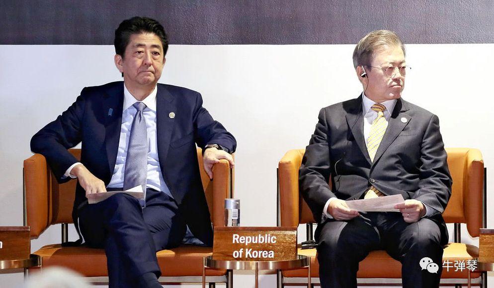 当然,斗争都斗成这种下三滥的做法了,也更凸显了日韩矛盾的根深蒂固.