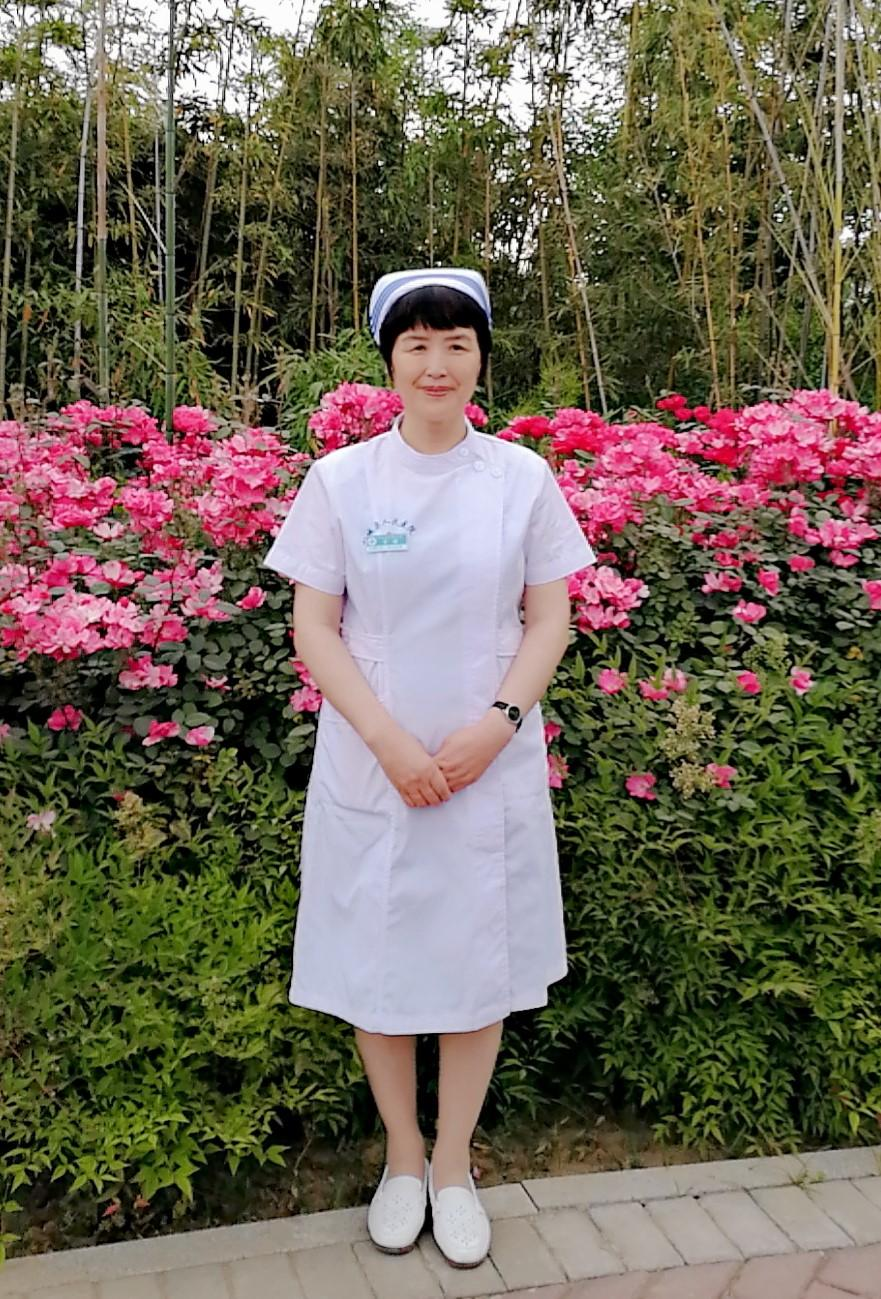小县城为何为一名护士建立一座公园?