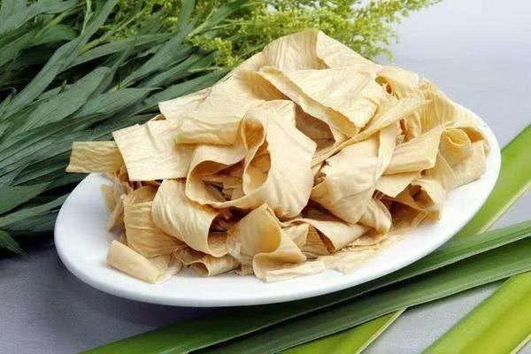 冬季吃火锅4种配菜不能少