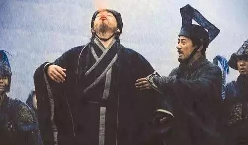 """小伙打《王者荣耀》,竟然被""""猪队友""""气到晕厥送医院"""