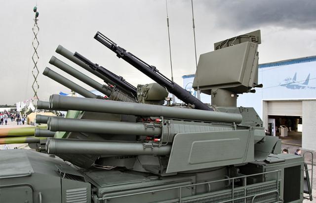 俄最新防空系统叙利亚遇冷 把鸟当成战斗机