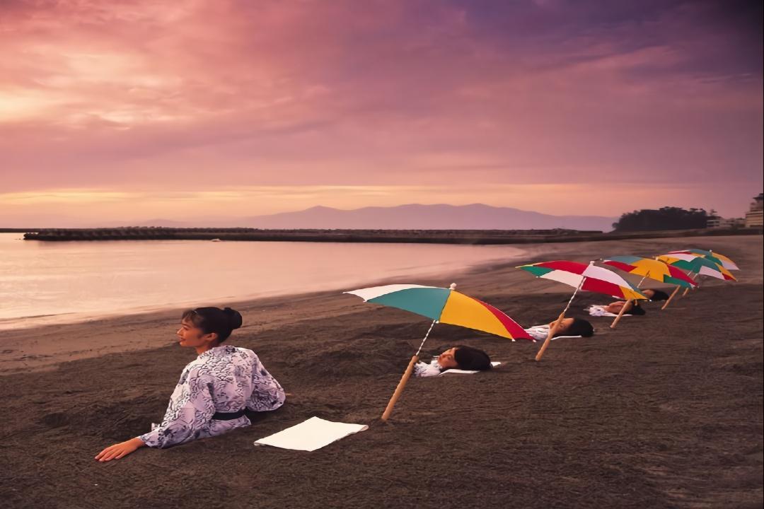 世界唯一的天然砂蒸温泉,位于日本,保健效果是普通温泉的3倍?