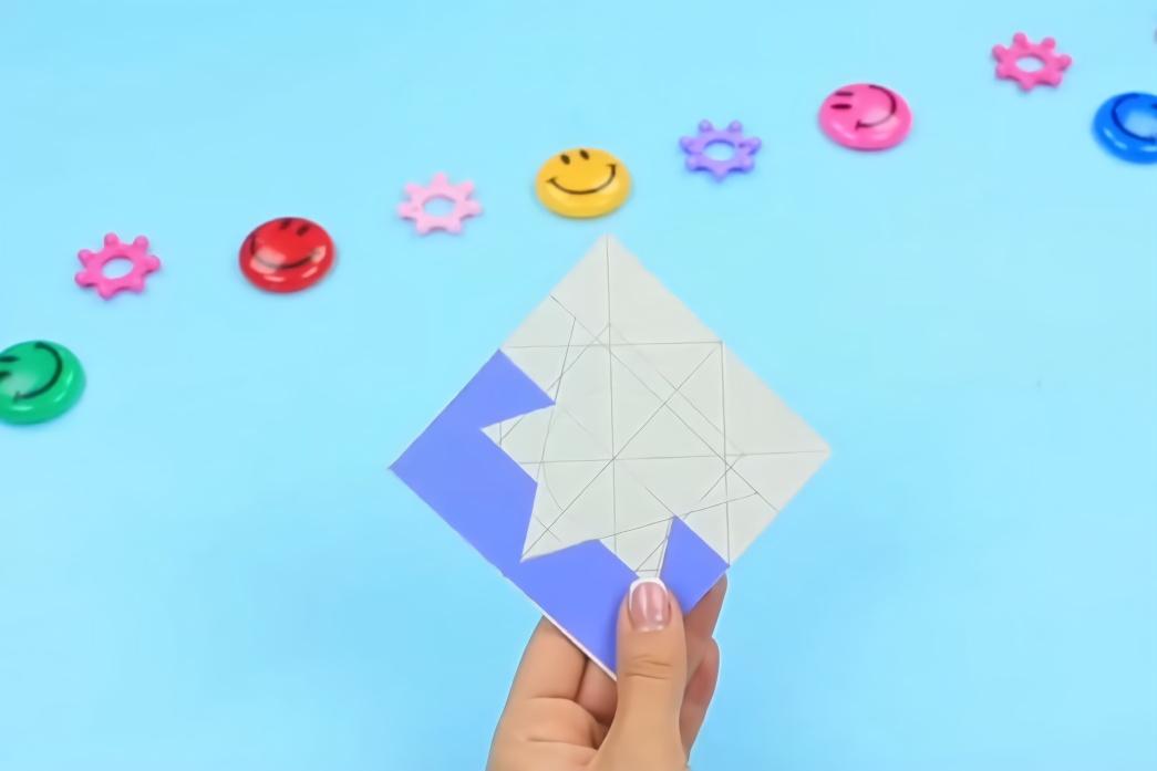 搞笑游戏恶作剧,妹子创意diy拼接卡片,套路手工玩具新花样