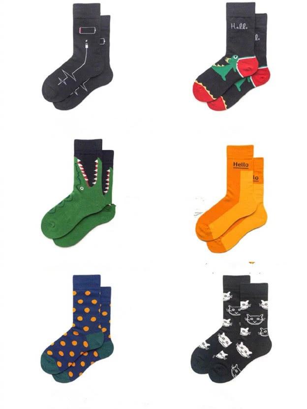 以前觉得鞋子+长筒袜很土,但现在却很时尚,赶紧来挑选一下吧!