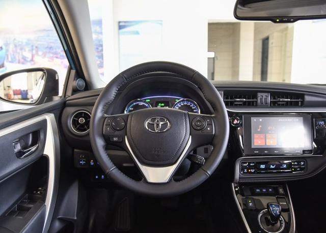 故障率全球最低 油耗不足5L 但销量惨淡 这款车到底能买吗?