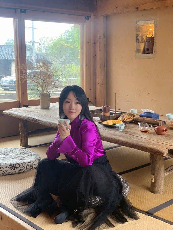 杨钰莹这八套春季穿搭,每天可以换着穿,少女模样是打扮出来的!