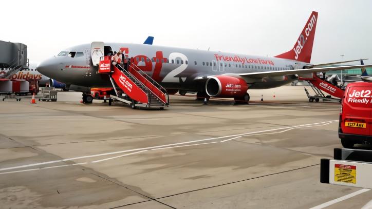 英國女子大鬧飛機客艙 收到天價賬單還被終身禁乘