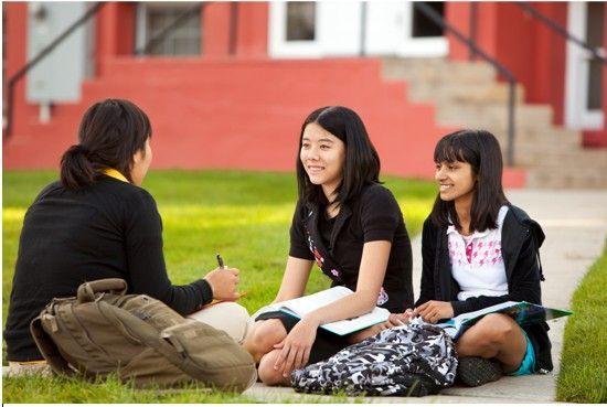 """充满""""小别离""""的高中赴美留学 人数10年竟激增500倍"""
