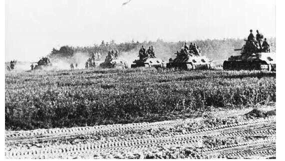 库尔斯克战役最激烈的一幕:普罗霍夫卡,苏德坦克军的碰撞