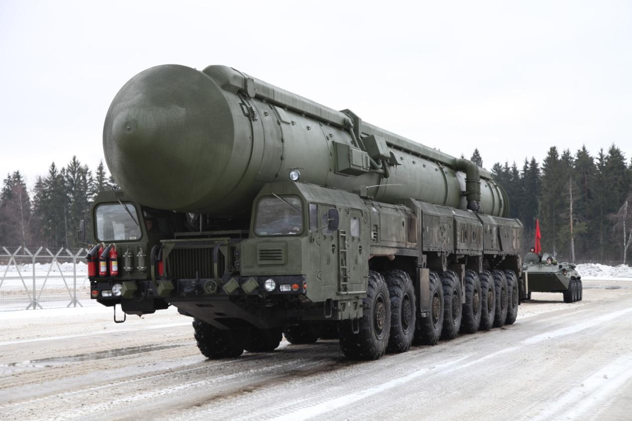 俄发射百万吨级导弹,2万里外目标灰飞烟灭,美反导系统无能为力