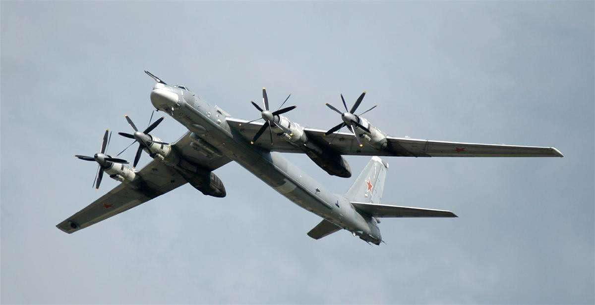 <b>惹上大麻烦!韩国突然出手,对俄战机开火示警,莫斯科震怒</b>