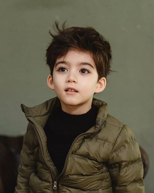 ▼其实这位可爱小男孩是来自韩国的混血萌娃《cooper》